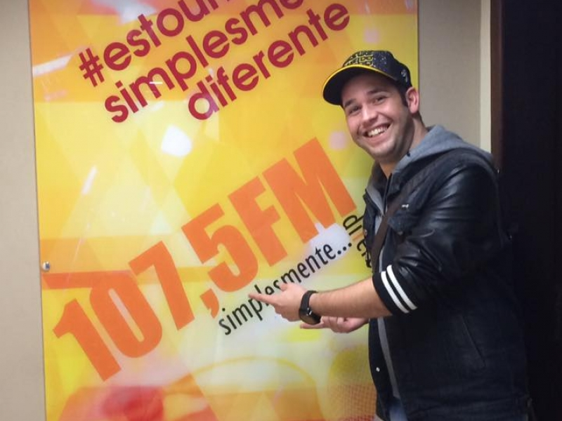 Pr. Lucas marca sua passagem pela Rádio 107,5 FM